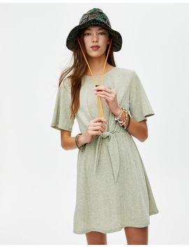 Mini Robe à Manches Courtes Nœud by Pull & Bear
