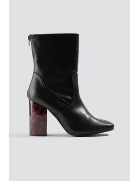 Tortoise Heel Boots by Na Kd Shoes