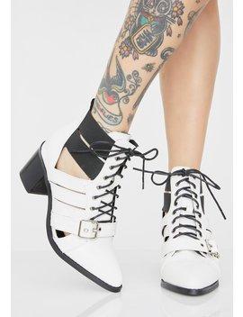 Quartz Wanderlustin' Cut Out Boots by