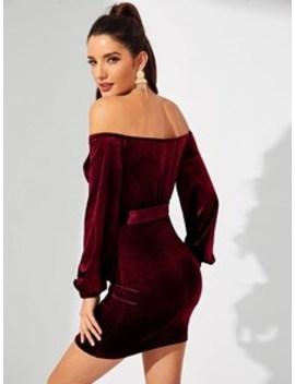 Form Fitting Sweetheart Velvet Bardot Dress by Shein