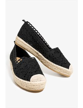 Crochet Flat by A'gaci