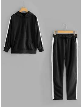 Contrast Tape Sweatshirt With Drawstring Pants by Romwe