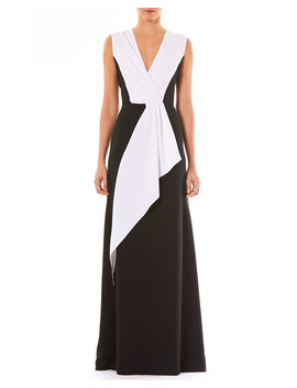 V Neck Sleeveless Draped Silk Evening Gown by Carolina Herrera