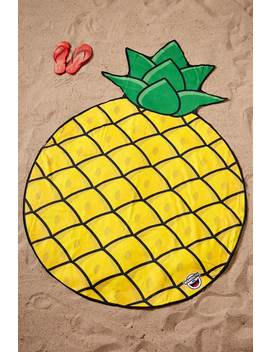 Big Mouth Pineapple Blanket by Forever 21
