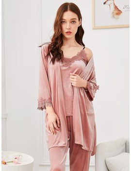 Contrast Lace Cami Pajama Set With Robe by Romwe
