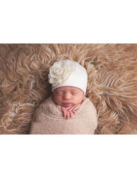 "<Span Data Inner Title="""">Newborn Girl Hat, Nursery Beanie, Infant Beanie, Newborn Hat, Baby Girl Hat, Newborn Girl Hat, Baby Hospital Hat, Coming Home Hat, Flower</Span> by Etsy"