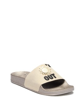 Flynn Suns Out Buns Out Slide Sandal by Circus By Sam Edelman