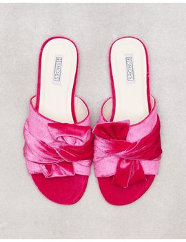 Twist Sandal by Nly Shoes