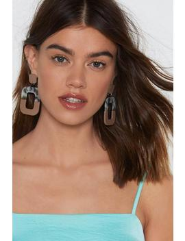 The Ear And Now Resin Drop Earrings by Nasty Gal