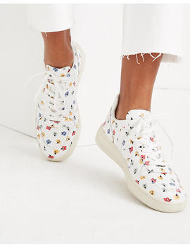 madewell-x-veja-v-10-leather-sneakers-in-confetti-floral by madewell