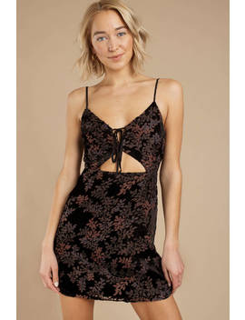 Gracie Black Velvet Bodycon Dress by Tobi