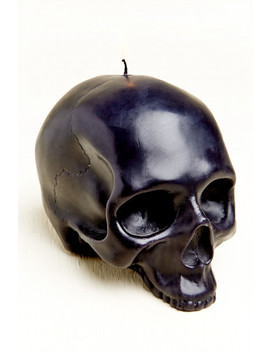 Large Skull Shaped Candle by Earthbound