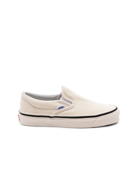 Anaheim Classic Slip On 98 Dx by Vans