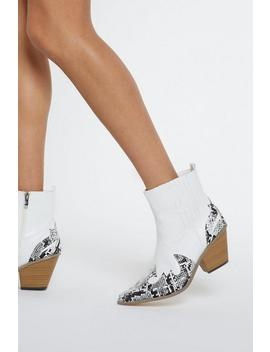 Snake In The Desert Cowboy Boots by Nasty Gal