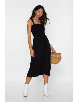 Forget What You Shirred Tie Midi Dress by Nasty Gal