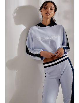 """Calvin Klein – Hoodie """"Directional"""" by Calvin Klein Shoppen"""