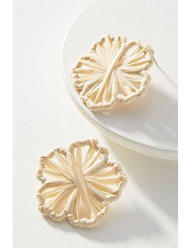 baublebar-straw-flower-post-earrings by baublebar