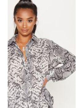 Petite Grey Snake Print Shirt by Prettylittlething