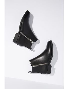 Jesinta Square Toe Zip Boot by Cotton On