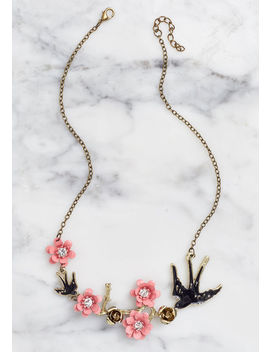 Vernal Portrait Necklace by Modcloth