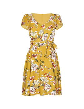 Flower Cap Sleeve Dress by Yumi Curves