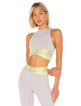 Pro Intertwist 2.0 Crop Top by Nike
