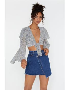 Paisley In Love Cropped Tie Blouse by Nasty Gal