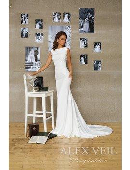 Wedding Dress 'sitelle' // Beautifully Elegant Wedding Dress, Mermaid Style, Great Fit by Etsy