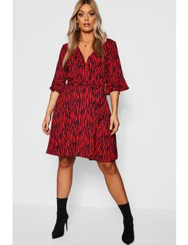 Plus Animal Print Horn Button Skater Dress by Boohoo