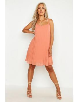 Plus Chiffon Pleated Swing Dress by Boohoo