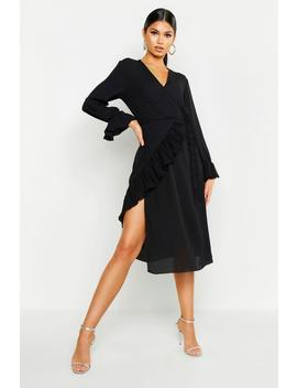Pleated Chiffon Flare Sleeve Midi Dress by Boohoo