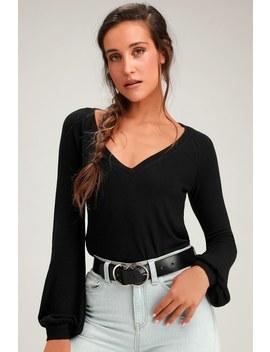 Tori Black V Neck Long Sleeve Sweater Top by Lulus
