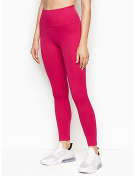 Seamless High Rise 7/8 Tight by Victoria Sport