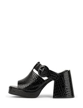 Hymns by Jeffrey Campbell