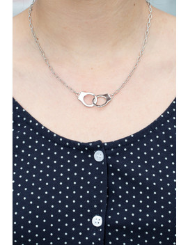 Silver Handcuff Necklace by Brandy Melville