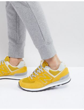 Желтые кроссовки New Balance 574 by New Balance