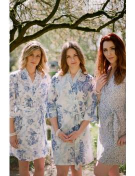 Montana. 3 Custom Lined Bridesmaid Robes Or Bridal Party Robes In White, Cream And Ivory Cotton. Floral Robes In Botanical Prints. by Etsy