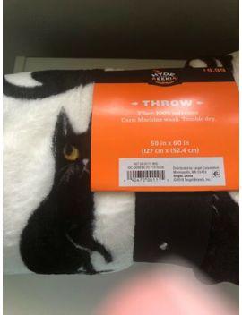 "Hyde And Eek! Boutique 50""X60"" Fleece Blanket Throw Bats Cats Halloween by Hyde And Eek Boutique"