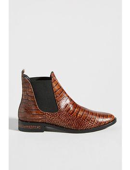 freda-salvador-chelsea-boots by freda-salvador