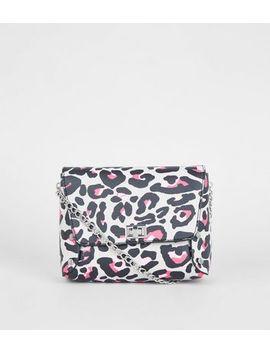 Light Grey Leopard Print Cross Body Bag by New Look