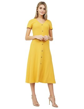 Ribbed Button Short Sleeve Midi Dress by Suzy Shier
