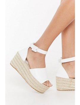 Raffia Flatform 2 Part Sandals by Nasty Gal