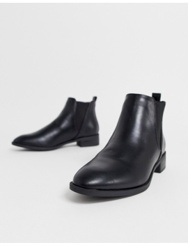Simply Be Florence Wide Fit Flat Chelsea Boots In Black by Simply Be