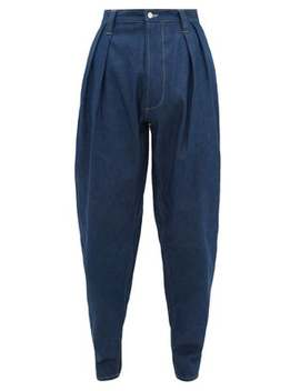 Pleated Relaxed Carrot Leg Jeans by E. Tautz