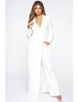 woman-of-the-hour-suit-set---white by fashion-nova