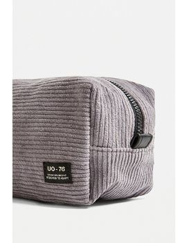 uo-corduroy-make-up-bag by urban-outfitters