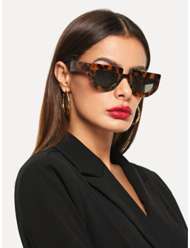 Flat Top Chunky Frame Sunglasses by Romwe