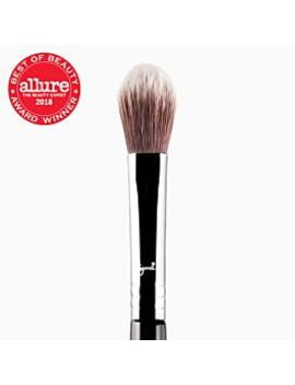 F03 High Cheekbone Highlighter™ Brush by Sigma Beauty