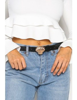 Black Croc Print Belt Shell Buckle by Lasula
