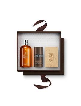 Re Charge Black Pepper Heroes Gift Set by Molton Brown